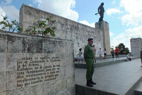 Cuba Tour Santa Clara 2022